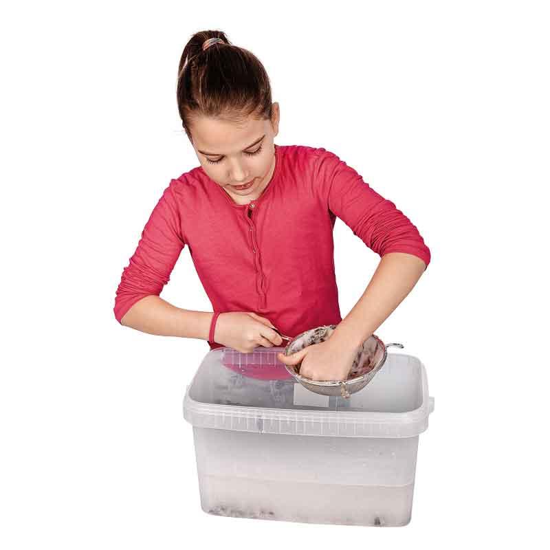 BRAUN Schulbedarf - Recycling, Papier selbst schöpfen, Osterkörbchen basteln in Schule und Kindergarten